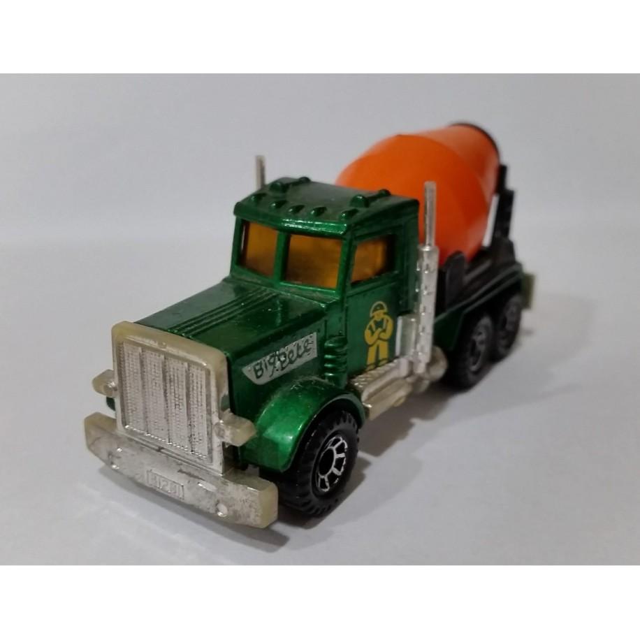 Peterbilt Cement Truck